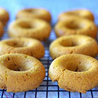 3- ingredient Pumpkin Chai Donuts