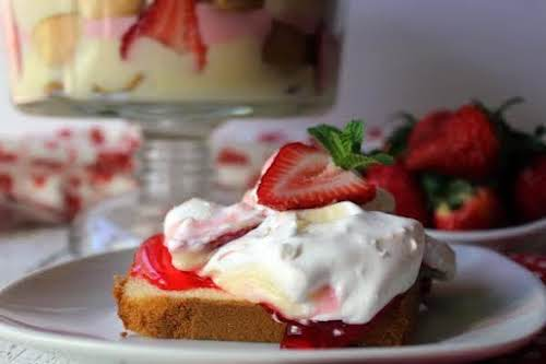 """Strawberry Cheese Shortcake""""This is very easy to make. My younger son helped..."""