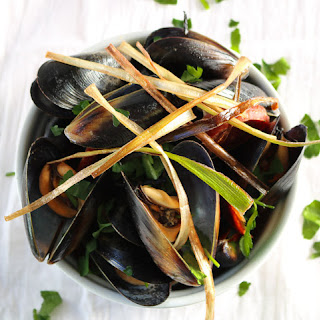 Mussels in a Spicy Beer Broth.