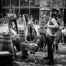 Photo: London #14 - cut & go...  #street #streetphotography #shootthestreet  #blackandwhite #blackandwhitephotography #bw #monochrome #london