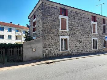 maison à Saint-Just-la-Pendue (42)