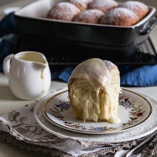 Buchteln (Austrian jam buns with vanilla sauce)