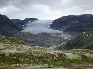 Rembesdalskåka glacier