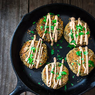 Amaranth Cakes w/ Lentils, Kale & Chipotle Aioli.