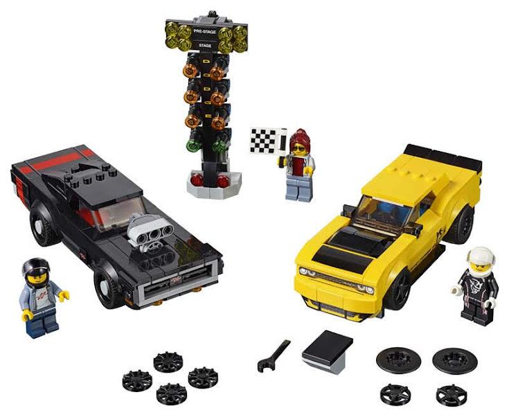 Contenido de Lego® 75893 Dodge Challenger SRT Demon de 2018 y Dodge Charger R/T de 1970