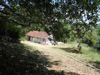 terrain à Saint-Amand-Montrond (18)