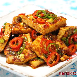 Spicy Tofu Jorim