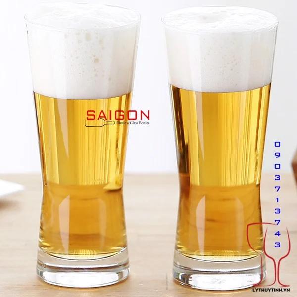 Ly thủy tinh uống bia sang trọng và tinh tế