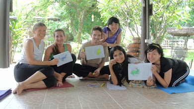 Photo: Jeenal conducting a Methodology class on how to teach Yoga to Kids!