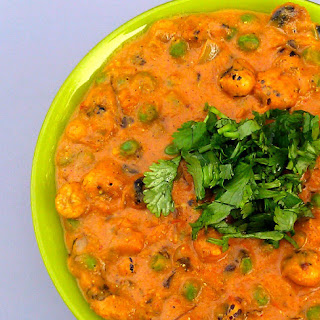 Creamy Phool Makhana Curry (Lotus Seed Curry).