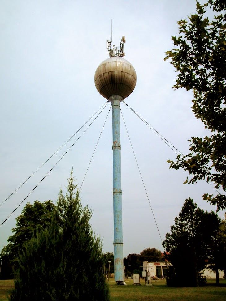 Kistelek/víztorony - helyi URH-FM adóállomás