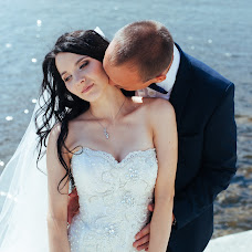 Wedding photographer Konstantin Miroshnik (miroshnik). Photo of 17.08.2015
