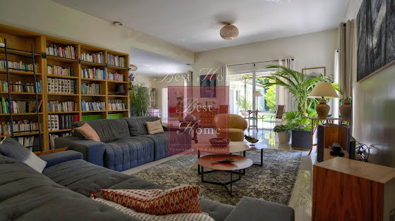 Vente maison 8 pièces 320 m2