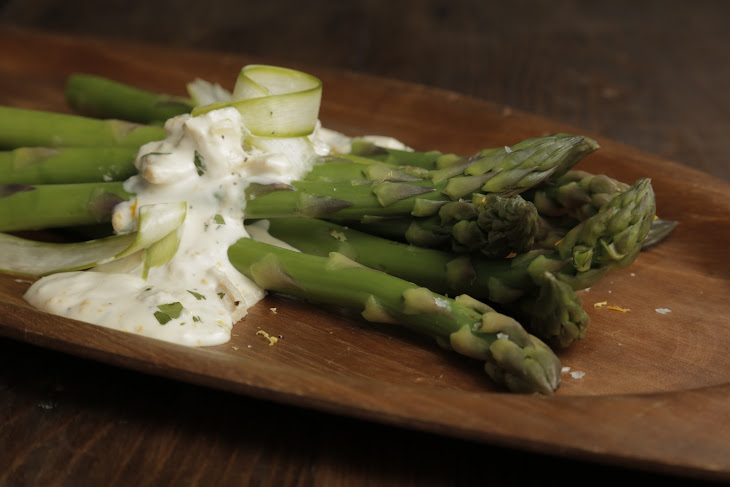 Mario Batali's Asparagus Salad with Tuna Dressing