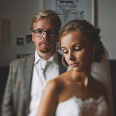 Wedding photographer Anna Karceva (FishEye). Photo of 10.10.2013
