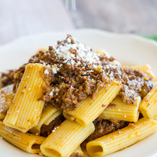 Slow Cooker Beef and Onion Ragu (Pasta Genovese)