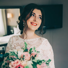 Wedding photographer Yuliya Petrova (Petrova). Photo of 23.04.2018