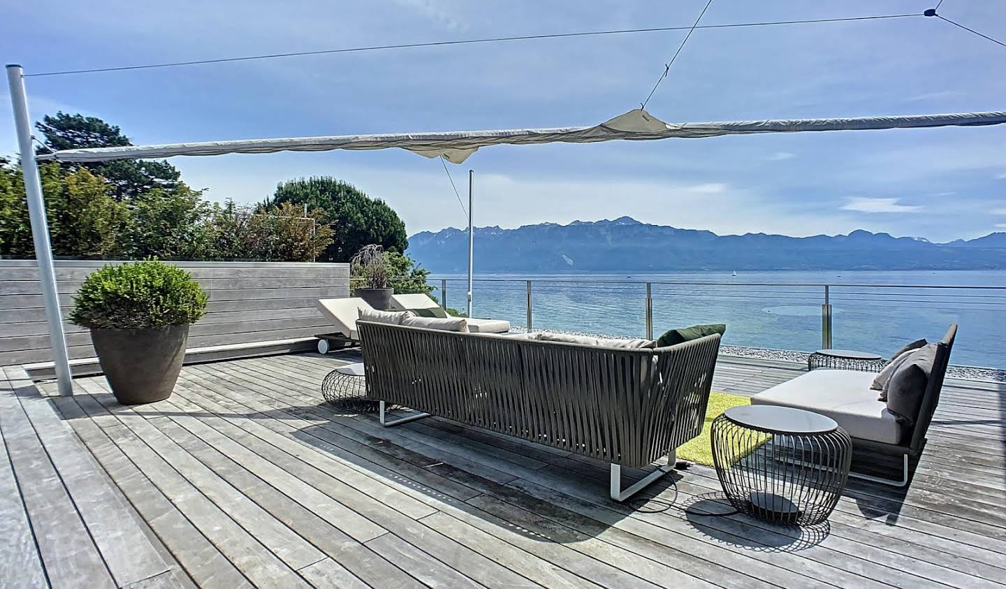 Appartement avec piscine Pully