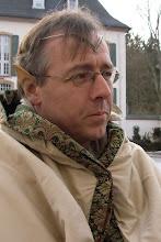 Photo: Gwaew-Gedo, Protektor von Selfiran im Nördlichen Siegel von Mythodea und Leiter des Hospitals im Neutralen Lager.