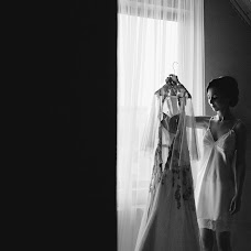 Wedding photographer Yuliya Bazhenova (juliamiss). Photo of 22.07.2018
