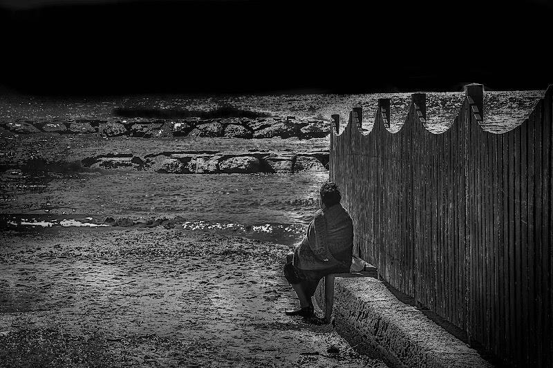 ...ma sedendo e mirando... di D. Costantini