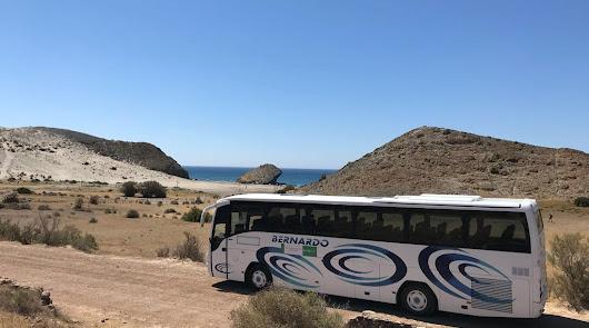 Los autobuses a Genoveses y Mónsul comienzan hoy desde Almería y San José