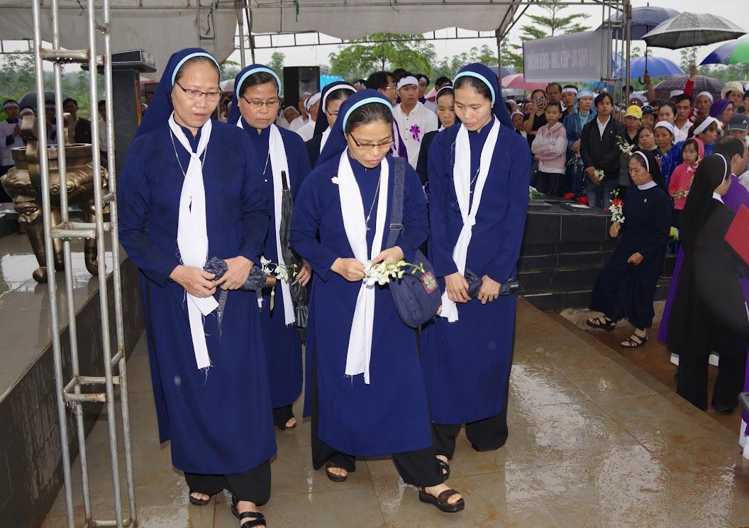 Thánh lễ an táng Cha Giuse Trần Ngọc Tâm - Chánh xứ Xuân Đức - Ảnh minh hoạ 74