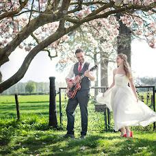 Wedding photographer Manola van Leeuwe (manolavanleeuwe). Photo of 19.04.2018