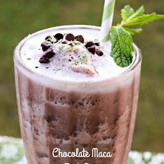 Chocolate Maca Mint Chip Smoothie.