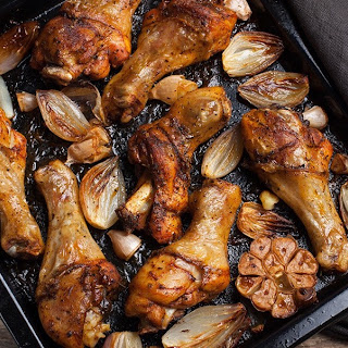 Chicken with Roasted Garlic & Onions.