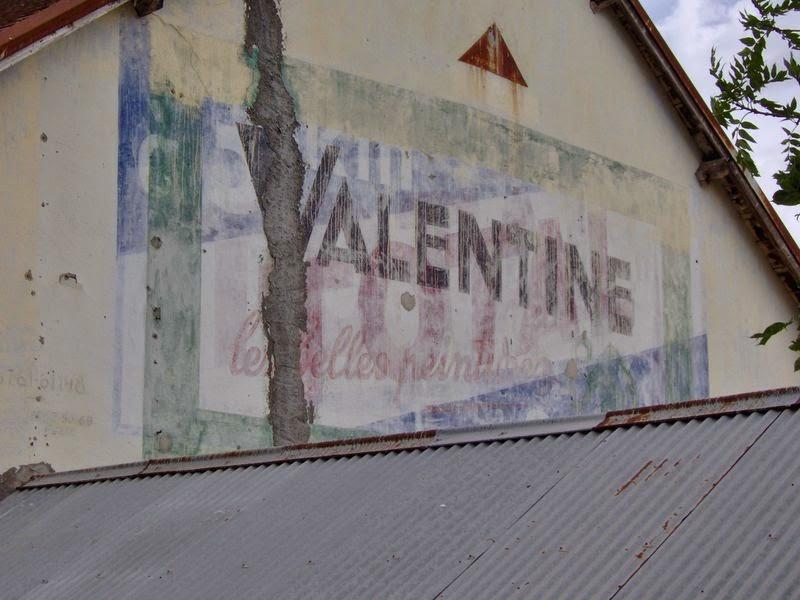 Publicite peinte Total Valentine