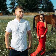 Wedding photographer Valeriy Tikhov (ValeryTikhov). Photo of 23.07.2018