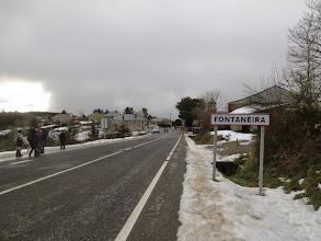 Photo: Entrando en Fontaneira, fin de la etapa.