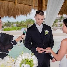 Wedding photographer Esthela Santamaria (Santamaria). Photo of 07.05.2018