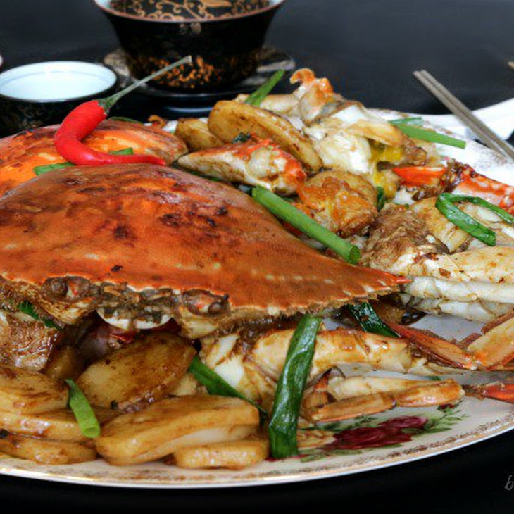 Stir Fried Crab with Chinese New Year Cake