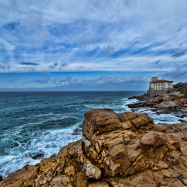 Homes in a castle on the sea by Gianluca Presto - Landscapes Caves & Formations ( cliffs, tuscany, waterscape, sea, house, architecture, landscape, sky, nature, castle, homes, rocks, italy,  )