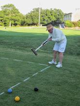 Photo: Ed R. shoots to stake to break tie