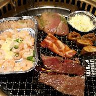牛角日式炭火燒肉(台南南紡店)