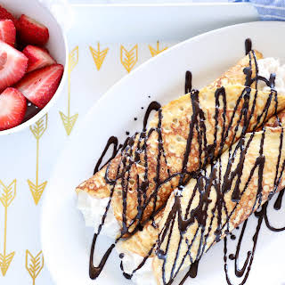 Keto Cannoli Stuffed Crepes – Low Carb.