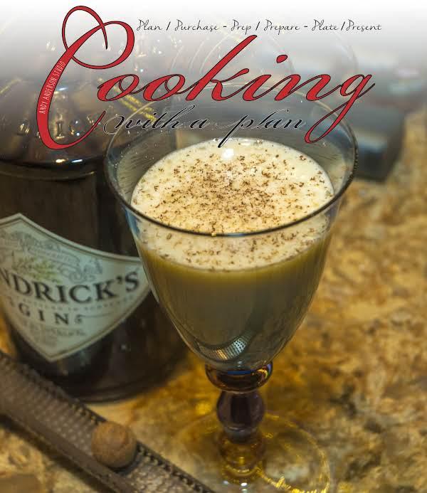 Drink Essentials: Awesome Gin Flip Recipe
