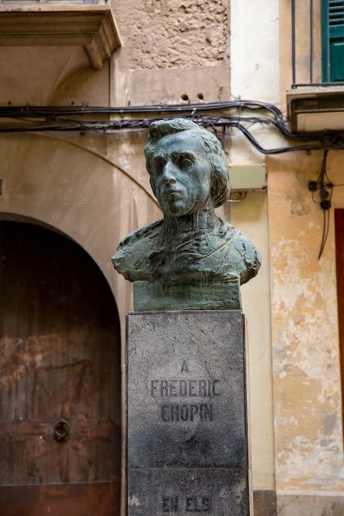 Palma de Mallorca, pomnik Chopina