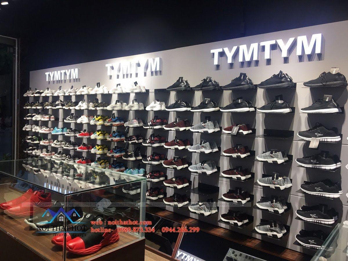 thi công shop giày nam 12