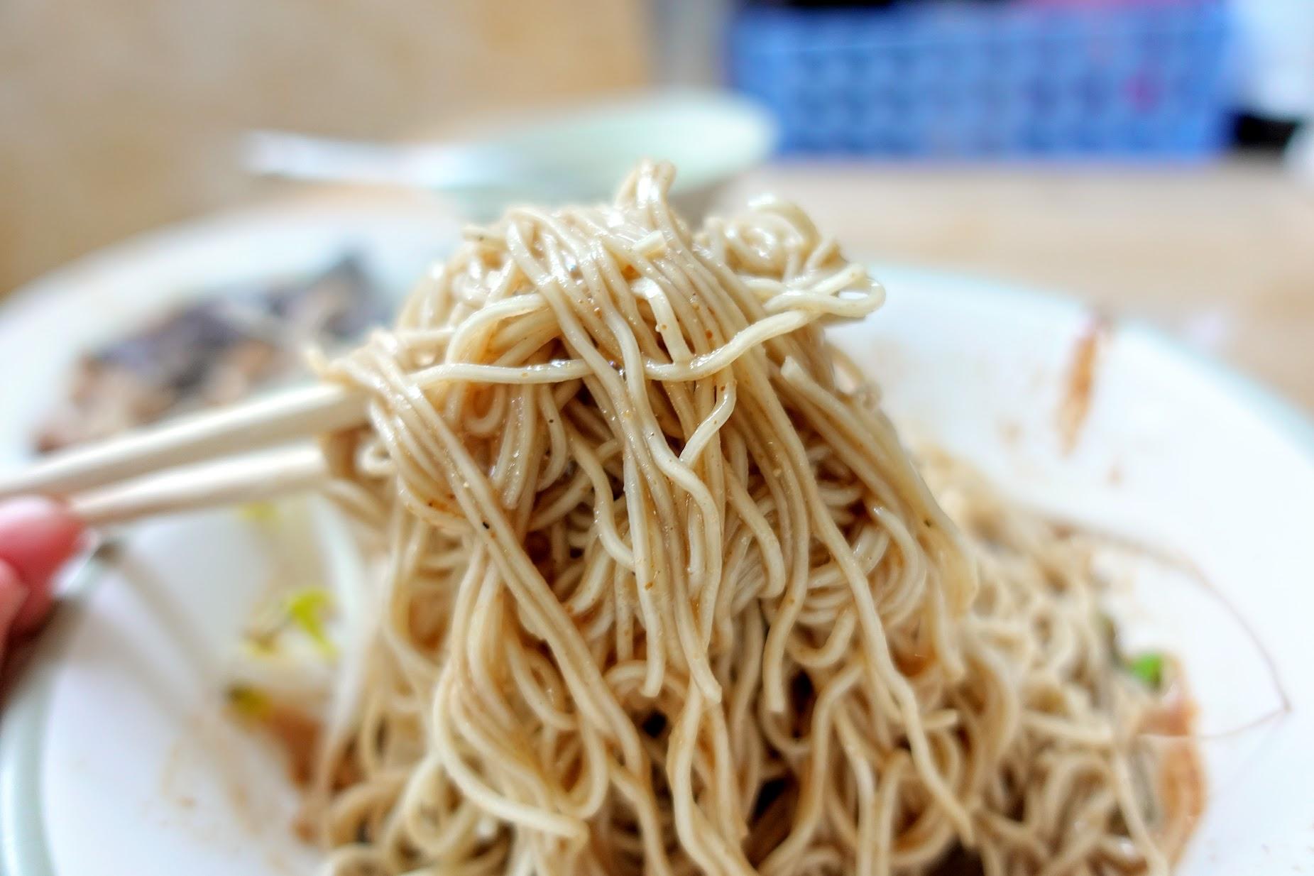 麵條都有吸附湯汁,吃起來還ok,只是吃完後還蠻口乾舌燥的