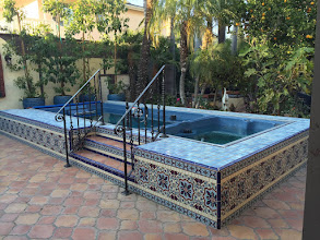 Photo: Malibu Tile Works - Pool & Spa Tiled Surround - Private Residence - Long Beach, CA