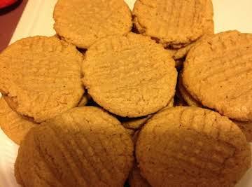 Gluten Free Peanut Butter Cookies!!