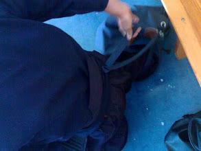 Photo: Técnica secreta de un chico de otro club que consiste en atarse el tare con la mochila. Muy original.