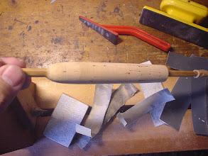 Photo: 17)取りあえずこのぐらいで整形を一端終了。グリップの直径は20~21ミリぐらいになっています。この後、リールシートを取りつけた時点で微調整を行います。