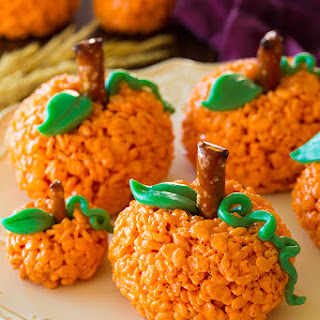 Pumpkin Rice Krispie Treats.