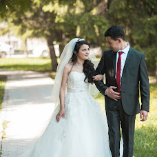 Wedding photographer Denis Furazhkov (Denis877). Photo of 30.03.2015