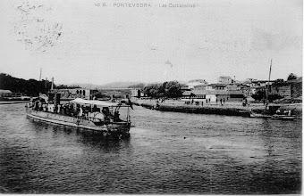 Photo: Moureira de Abaixo -As Corbaceiras Barco a vapor paseando pola ría.
